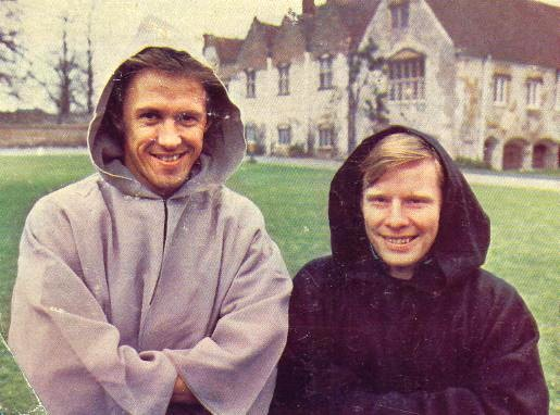 Phil and Sammy Lee featuring as monks for some peculiar reason