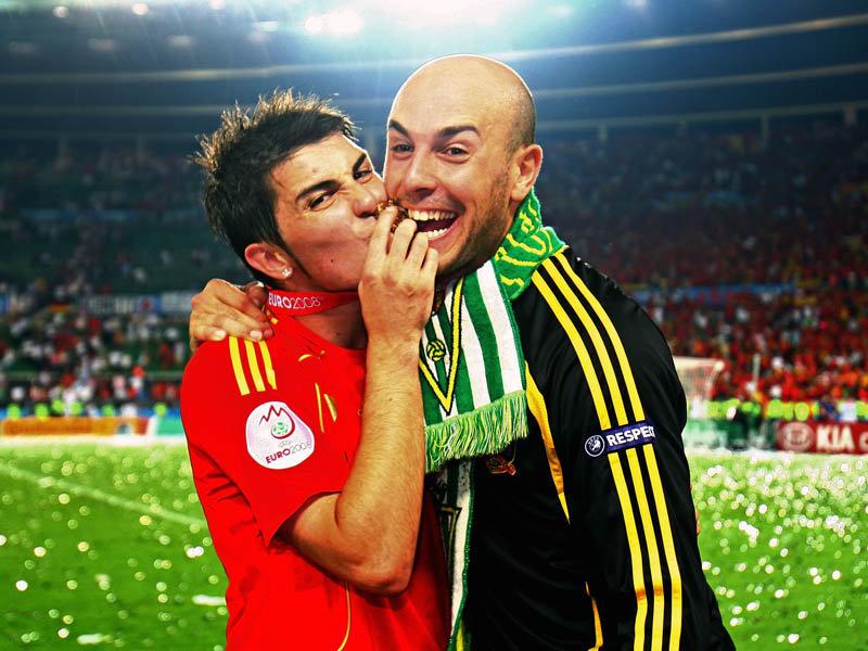 http://www.lfchistory.net/Images/reina.jose/Euro-2008-Final-David-Villa-Pepe-Reina_991943.jpg
