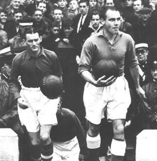 Taylor captain of Liverpool in the FA Cup semis vs. Everton
