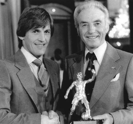 Stanley Matthews presents Kenny with FWA's Player of the year trophy in 1979