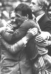 Paisley and Dalglish celebrating at Wembley winning the double in 1986