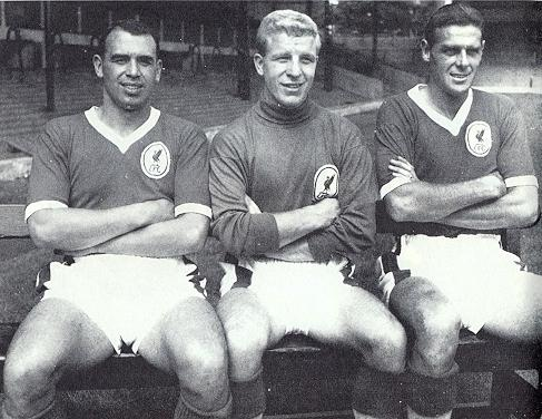 Slater in the middle with his team-mates; John Molyneux on his right and Louis Bimpson on his left.