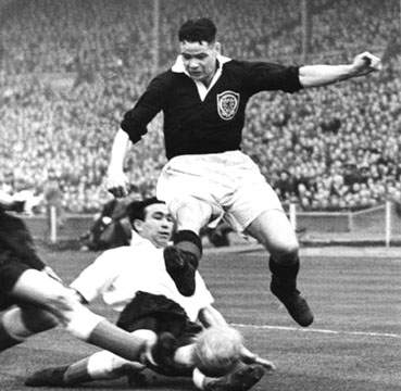 Liddell playing for Scotland vs. England on 18th April 1953