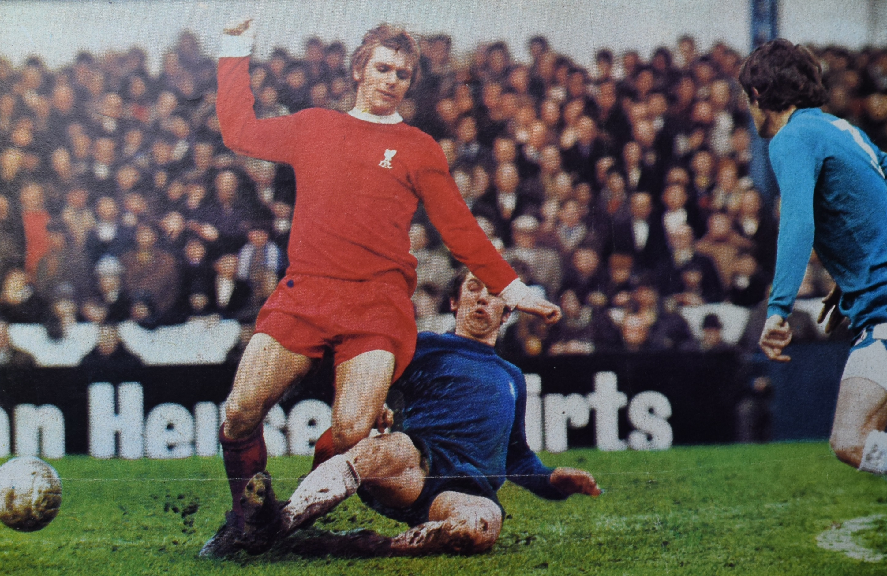 Evans tackled - action image - 12 April 1971