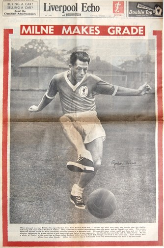 Gordon Milne on the cover of the Liverpool Echo on 9 December 1961