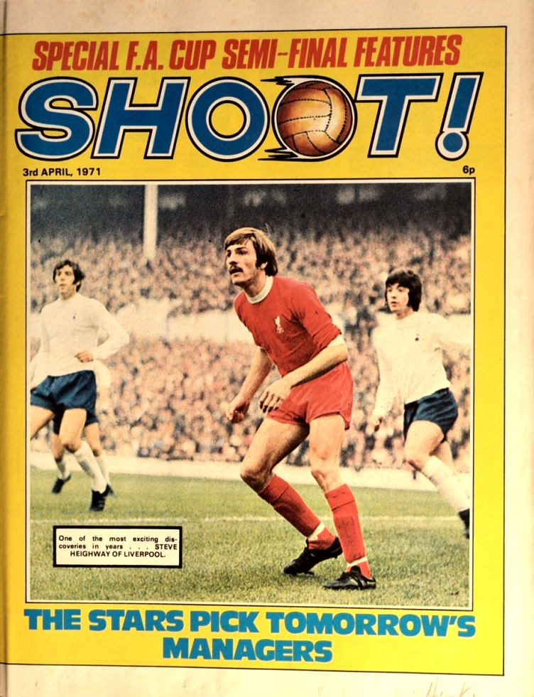 Heighway on the cover of Shoot! on 3 April 1971