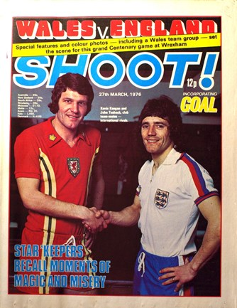 England's Kevin Keegan and Wales' John Toshack on the cover of Shoot!