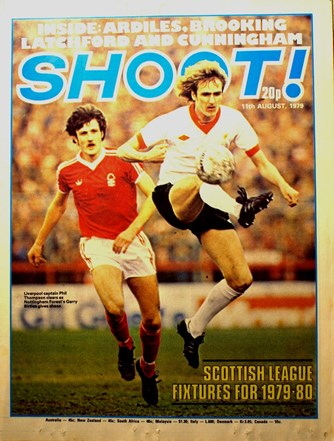 Phil Thompson on the cover of Shoot!