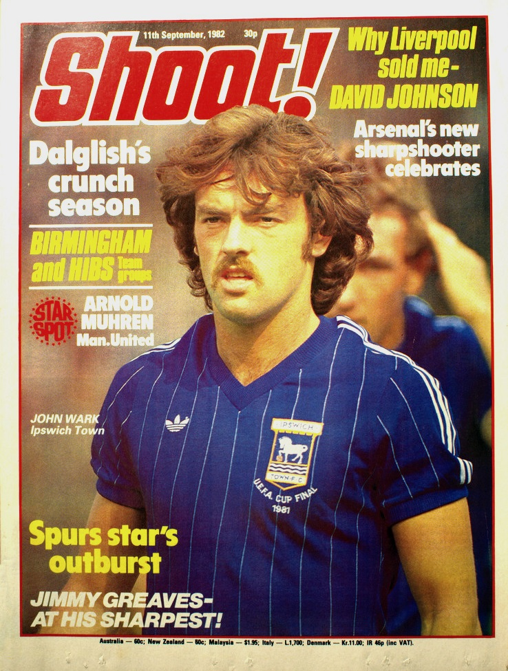 John Wark on the cover of Shoot! 11 September 1982