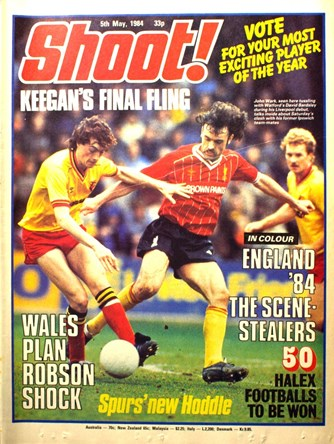 John Wark on the cover of Shoot! 5 May 1984