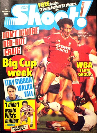 Craig Johnston on the cover of Shoot! 1 February 1986