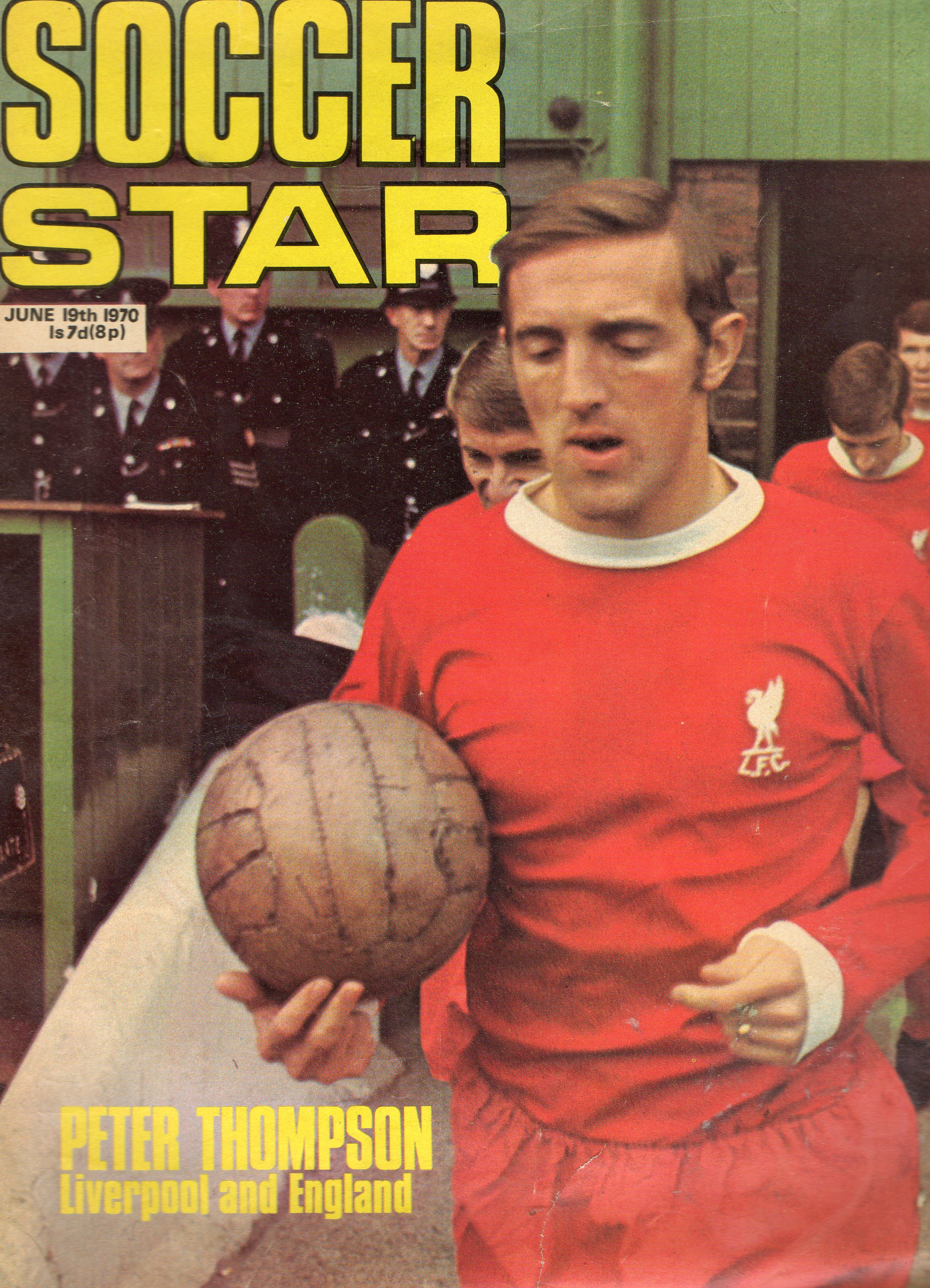 Thompson on the cover of Soccerstar - 19 June 1970